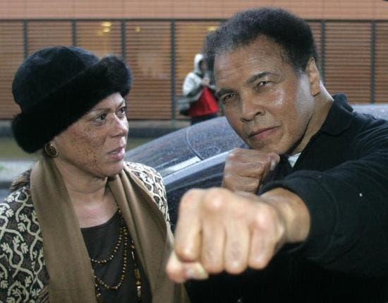 Muhammad Ali and his wife Lonnie arrive at a hotel in Berlin, December 2005.  (Reuters)