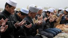 لاکھوں مسلمانوں کو روزے اور نماز کی ممانعت