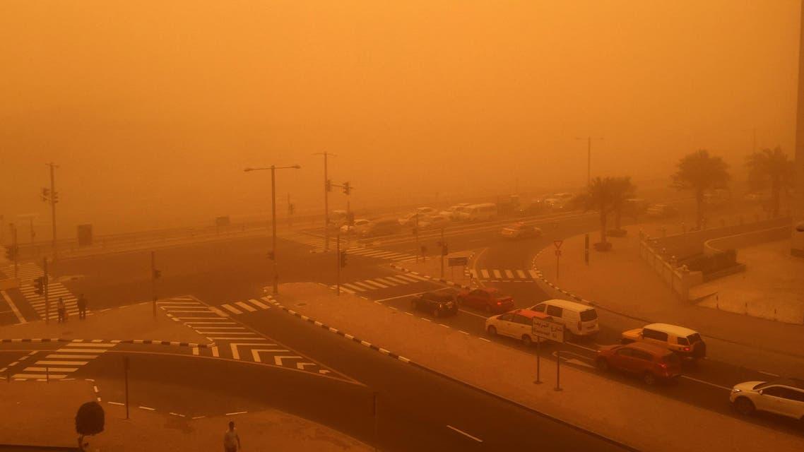 June sandstorm and rain warnings in UAE
