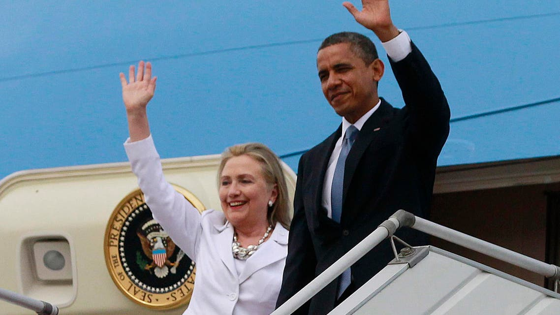 President Barack Obama opened a determined fence-mending to unite Democrats behind Hillary Clinton