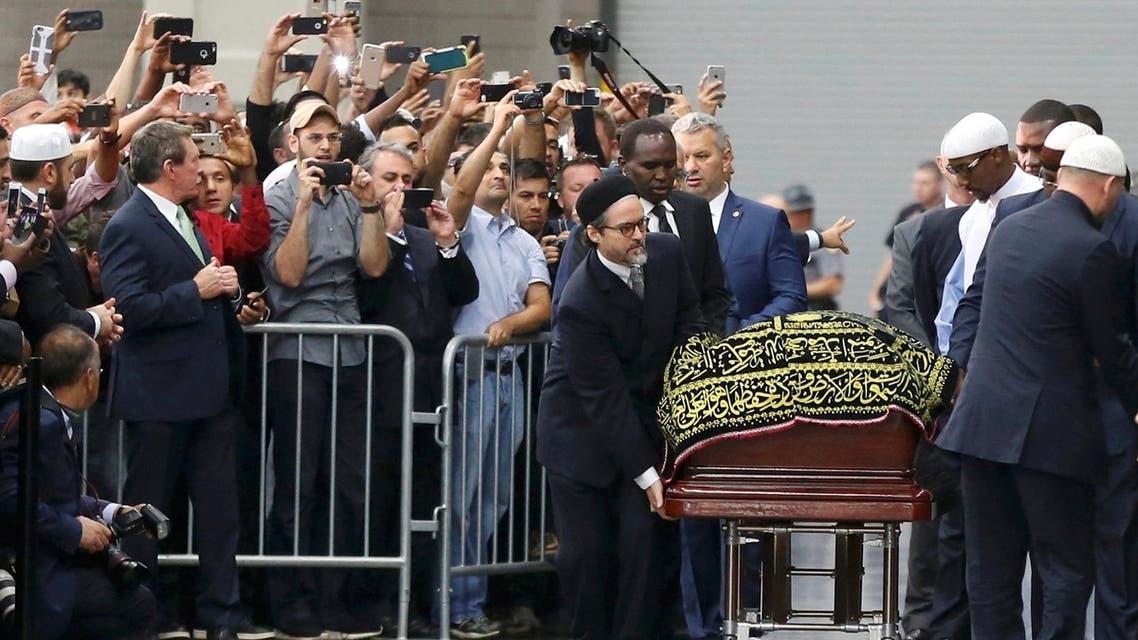 صلاة الجنازة على محمد علي - رويترز