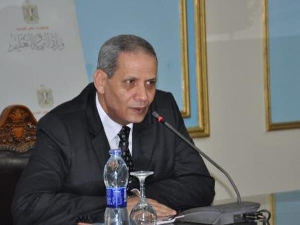 وزير تعليم مصر: طالبت بوقف الفيسبوك والإنترنت لمنع الغش