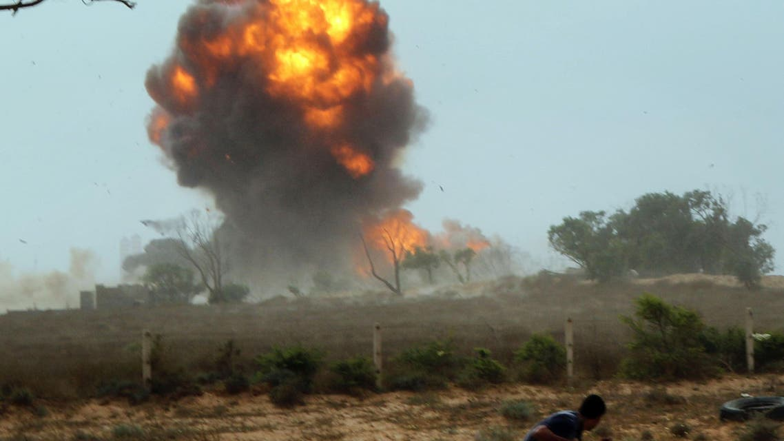 Bomber hits field hospital as Libyan forces battle Islamic State in Sirte1