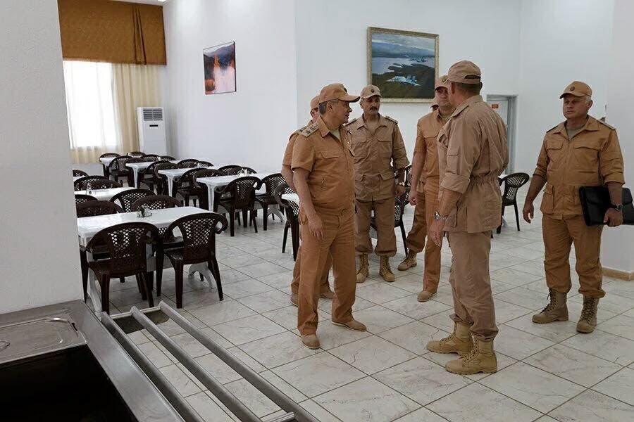 وزير الدفاع الروسي في حميميم