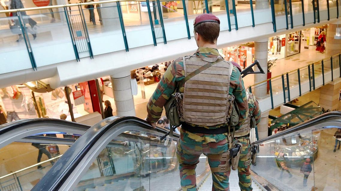Belgian soldiers patrol the shopping center City2 in central Brussels. (Reuters)