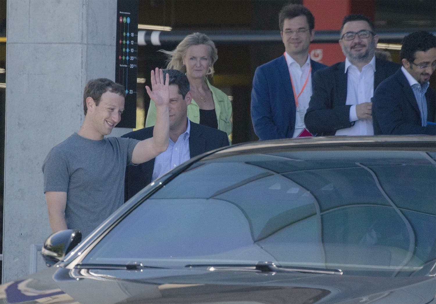 Facebook founder Mark Zuckerberg waves off Saudi Deputy Crown Prince Mohammed bin Salman after a meeting between the two at the tech giant's headquarters in Silicon Valley (Exclusive images by Bandar al-Galoud)