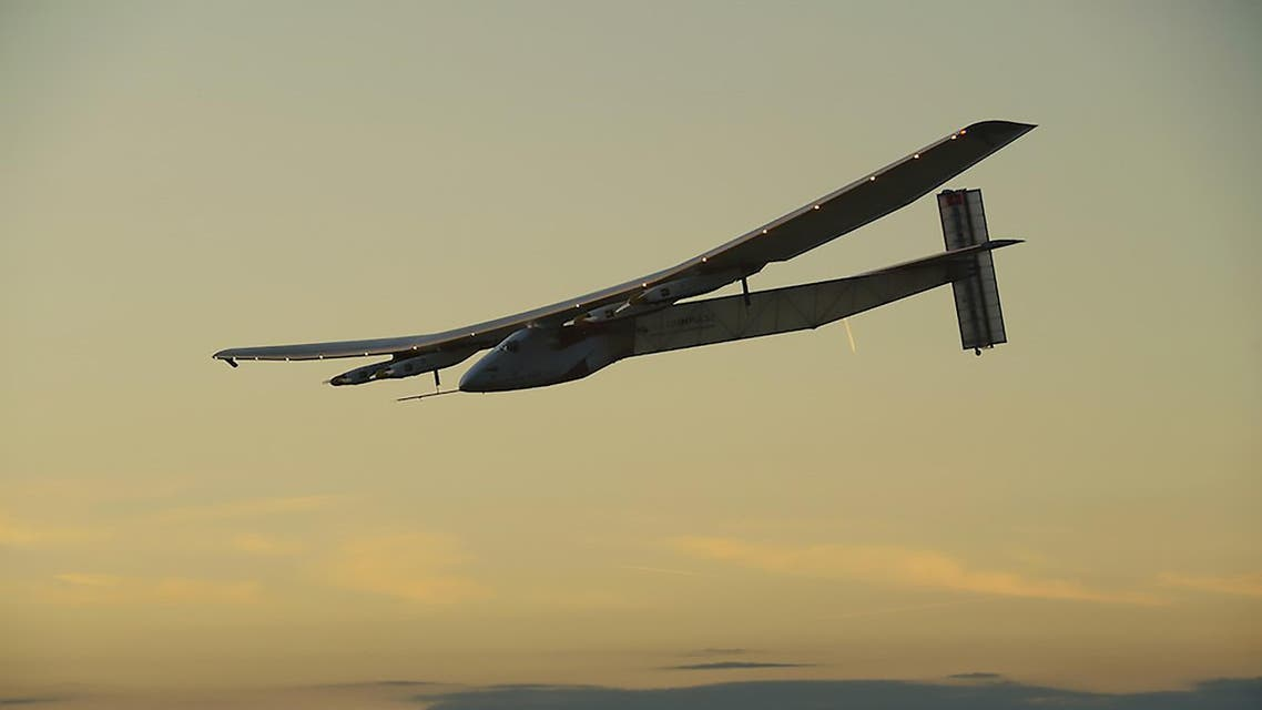 Solar PLANE POWERS ON OVER Atlantic after turbulence (AFP)