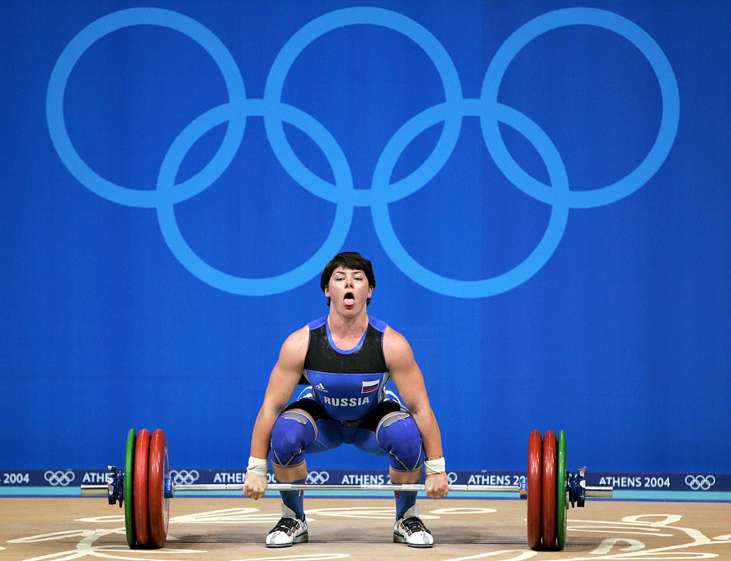 Russian weightlifter Natalia Zabolotnaia fails to lift 152.5 kg in clean & jerk of the 75kg women's weightlifting group (AP)
