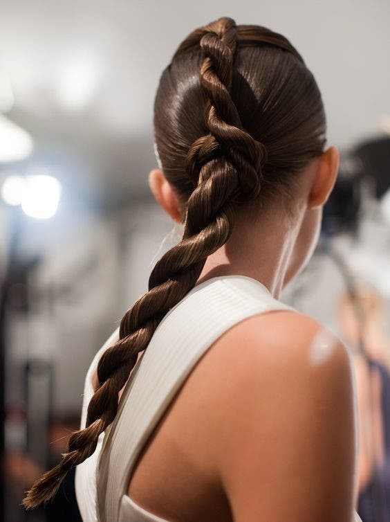 http://www.byrdie.com/hair-braid-inspiration-braid-bar-ideas-coachella-2014/slide21
