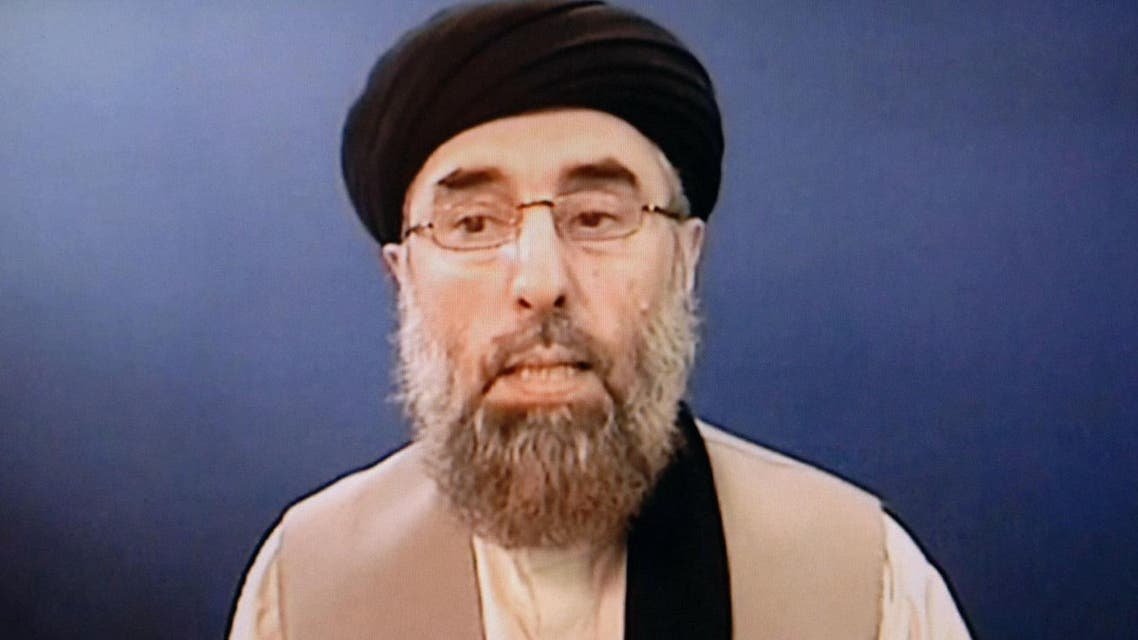Former Afghan warlord scuttles peace deal with Kabul