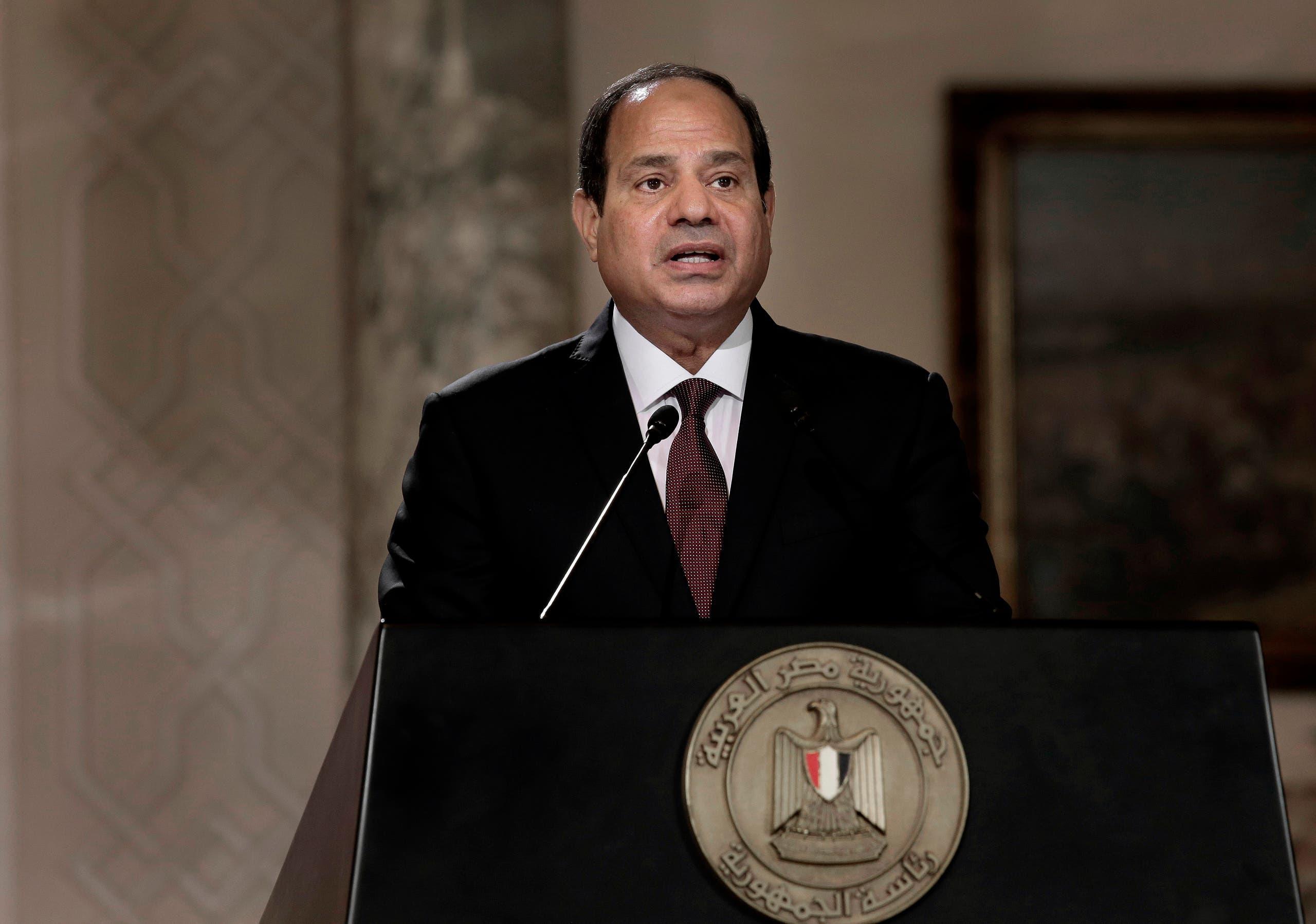 مصری صدر عبدالفتاح السیسی سرکاری ٹیلی ویژن پر قوم سے خطاب کررہے ہیں۔