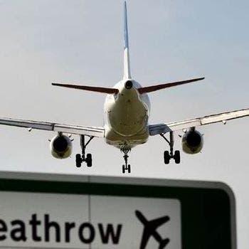 بريطانيا تخفف قيود السفر عن 47 دولة ومنطقة.. وأسهم شركات الطيران تقفز