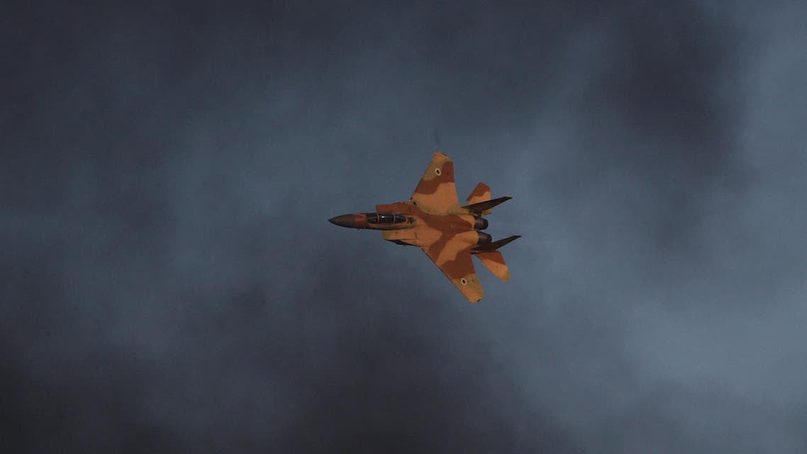 An Israeli Air Force F-15 fighter jet flies during an aerial demonstration at a graduation ceremony for Israeli airforce pilots at the Hatzerim air base in southern Israel June 30, 2016. REUTERS