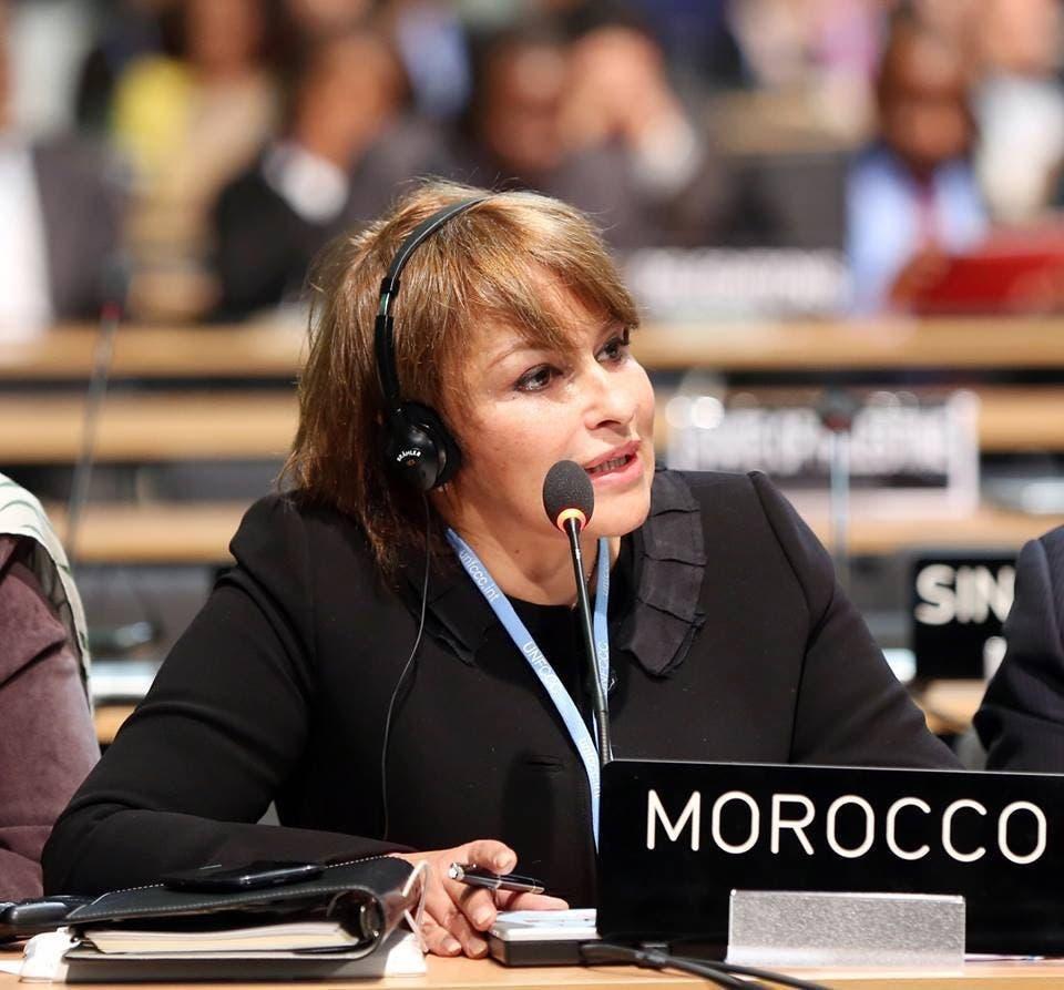 حكيمة الحيطي، وزيرة البيئة المغربية، مطالبة برلمانيا بتوضيحات حيال دخول نفايات إيطالية لحرقها في معمل للأسمنت