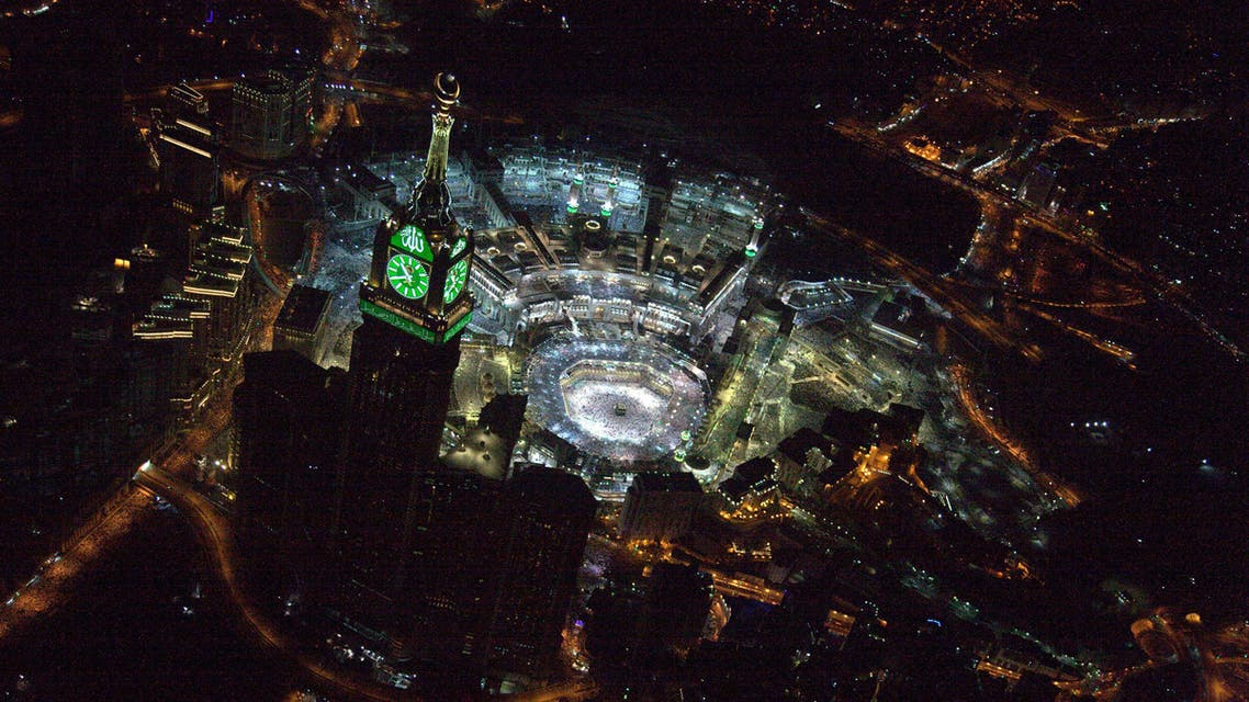 An aerial view shows Muslim worshippers praying at the Grand mosque, the holiest place in Islam, in the holy city of Makkah during Ramadan, on Lailat al-Qadr, or Night of Power, Saudi Arabia, July 1, 2016. (Reuters)