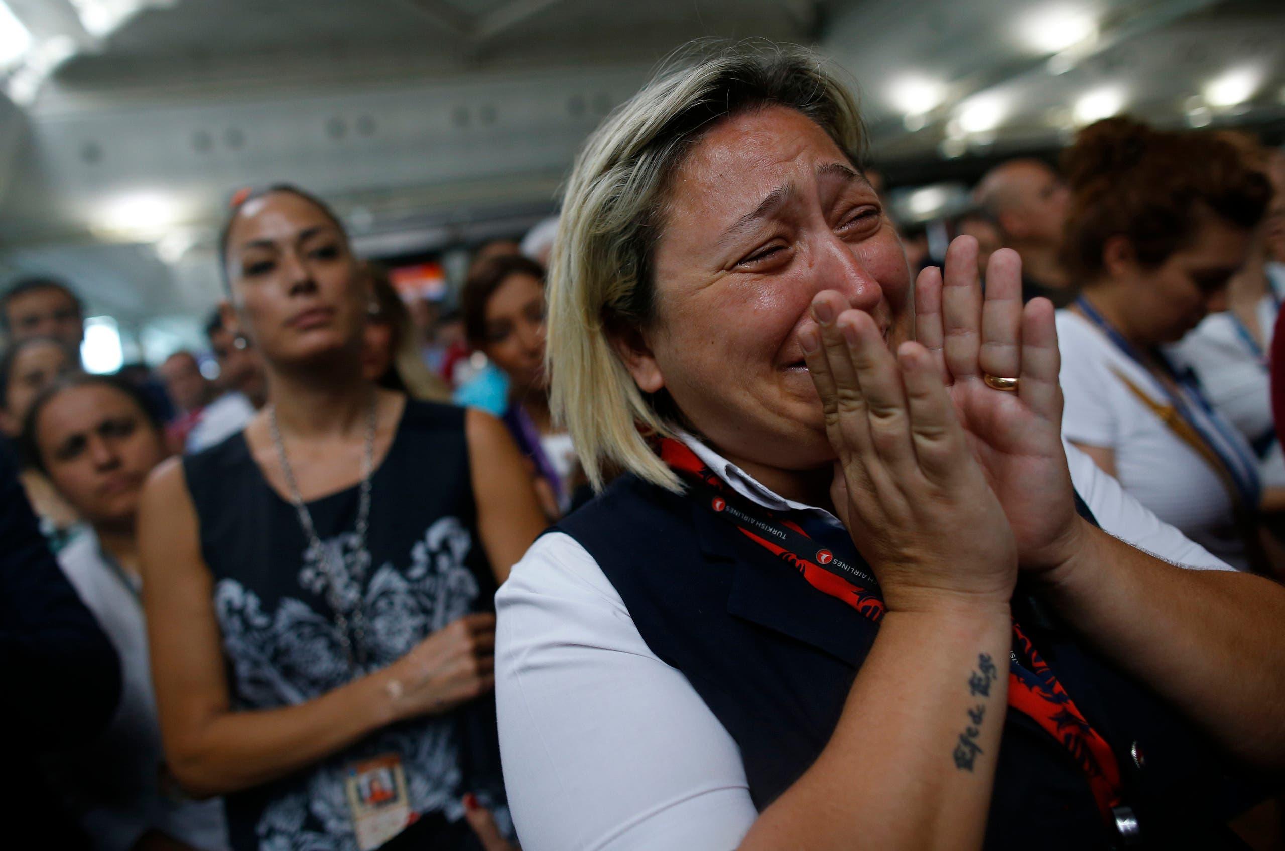 Muslims mourn through a bloody, deadly Ramadan