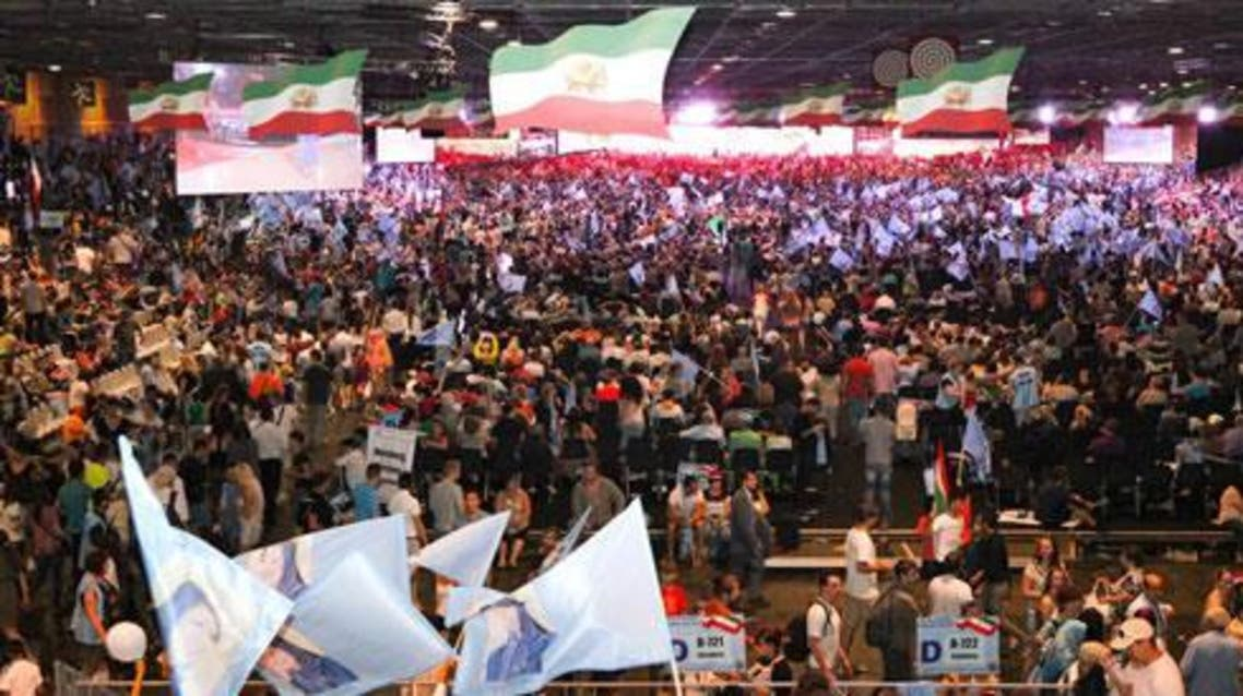 مؤتمر المعارضة الإيرانية في باريس العام الماضي