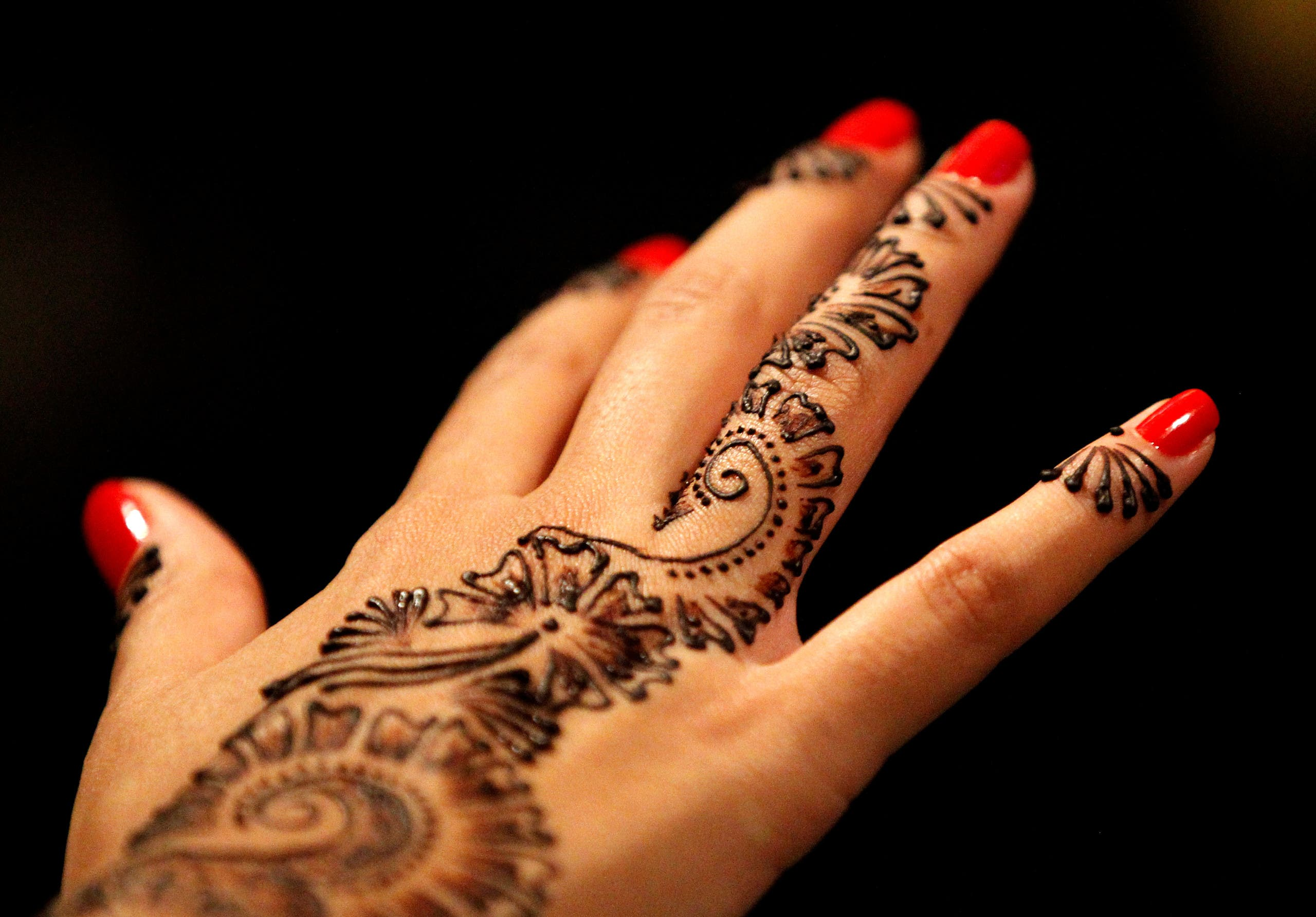 Henna Tattoo Qatar : Henna designs for eid al arabiya english