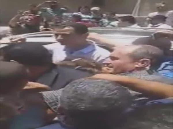بالفيديو.. هذه هي السيارة التي تخفّى بها بشار الأسد