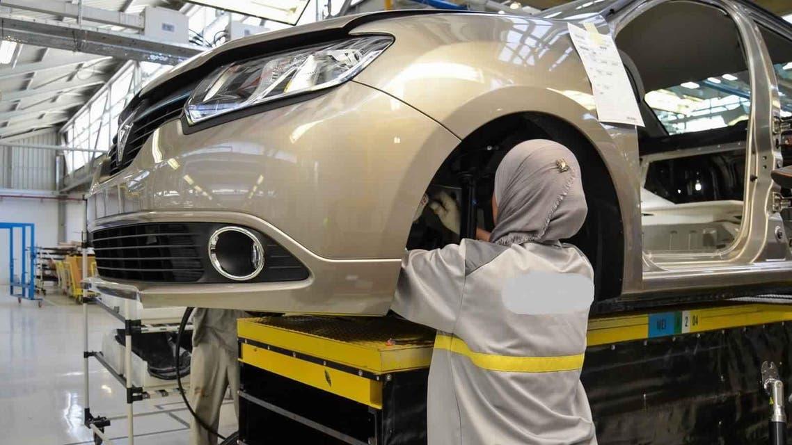 مصنع سيارات