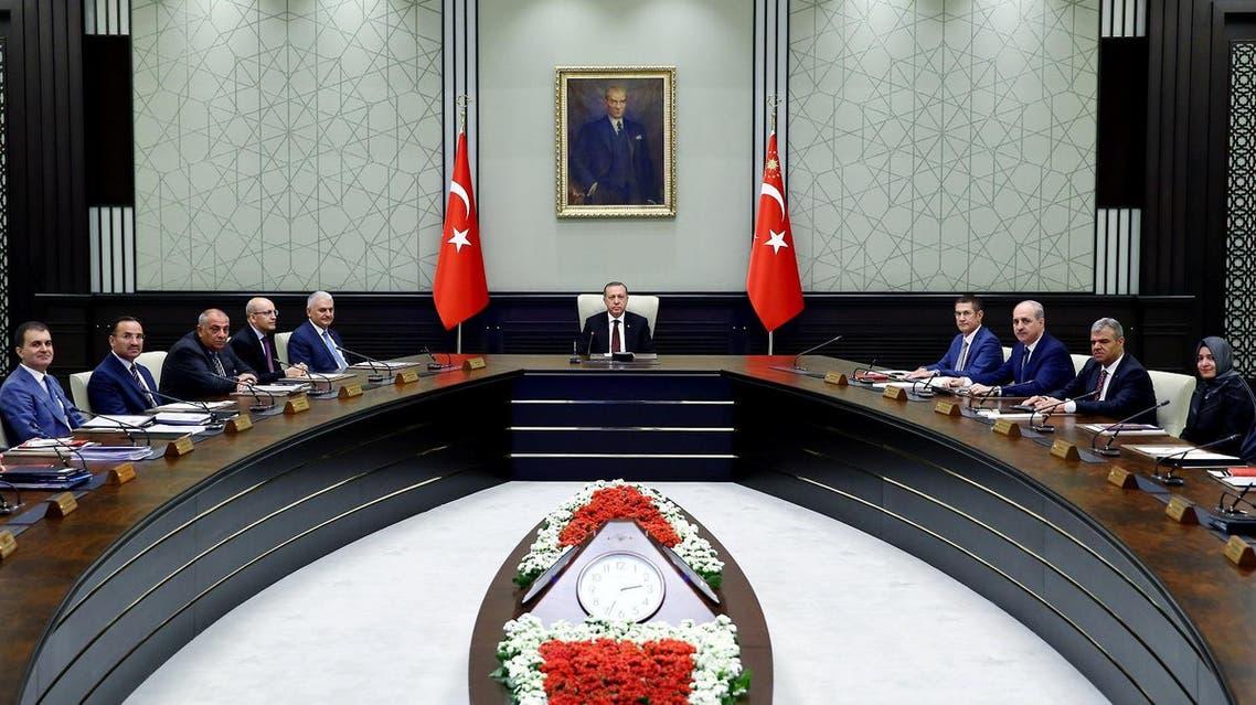 Turkish President Tayyip Erdogan (C) chairs a cabinet meeting in Ankara, Turkey, June 20, 2016. (Reuters)