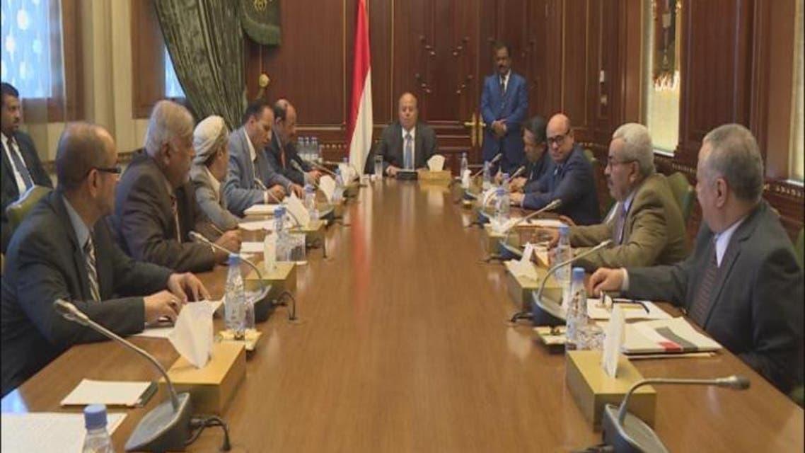 THUMBNAIL_ الحكومة اليمنية تطالب بسقف زمني لمشاورات الكويت