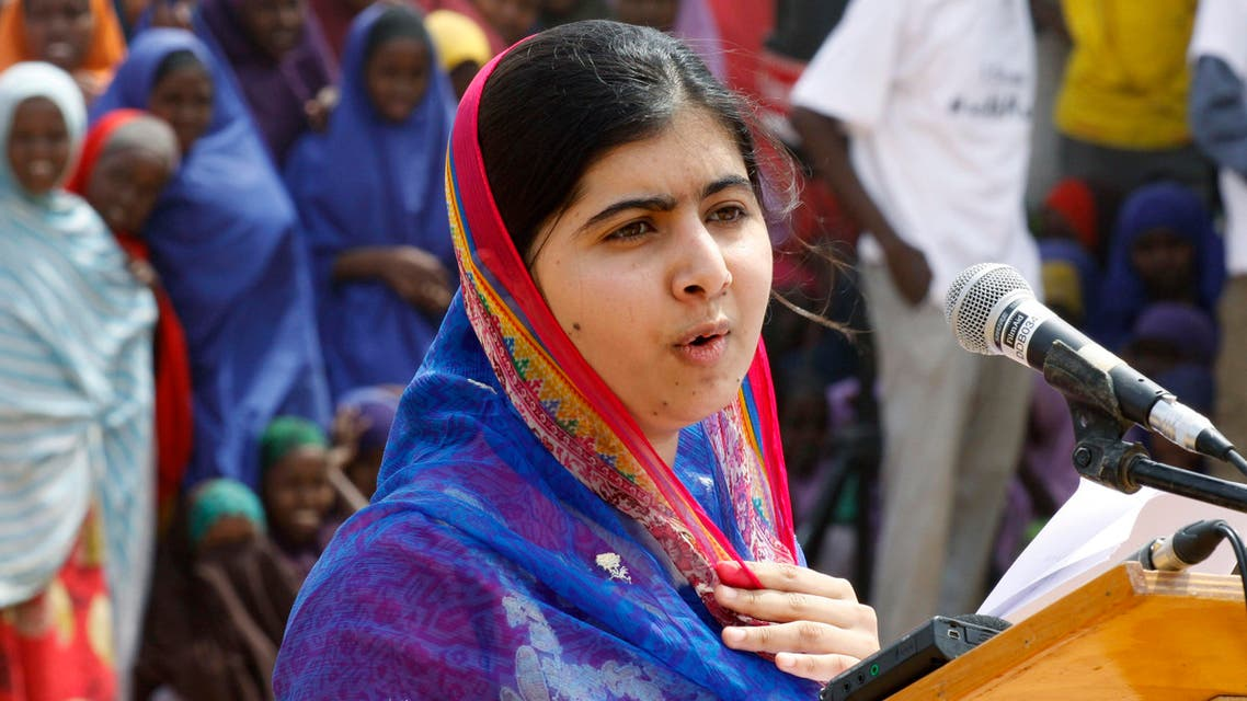 Malala Yousafza speaks to refugees in the Dadaab refugee camp, Kenya, Tuesday, July 12, 2016.(AP)
