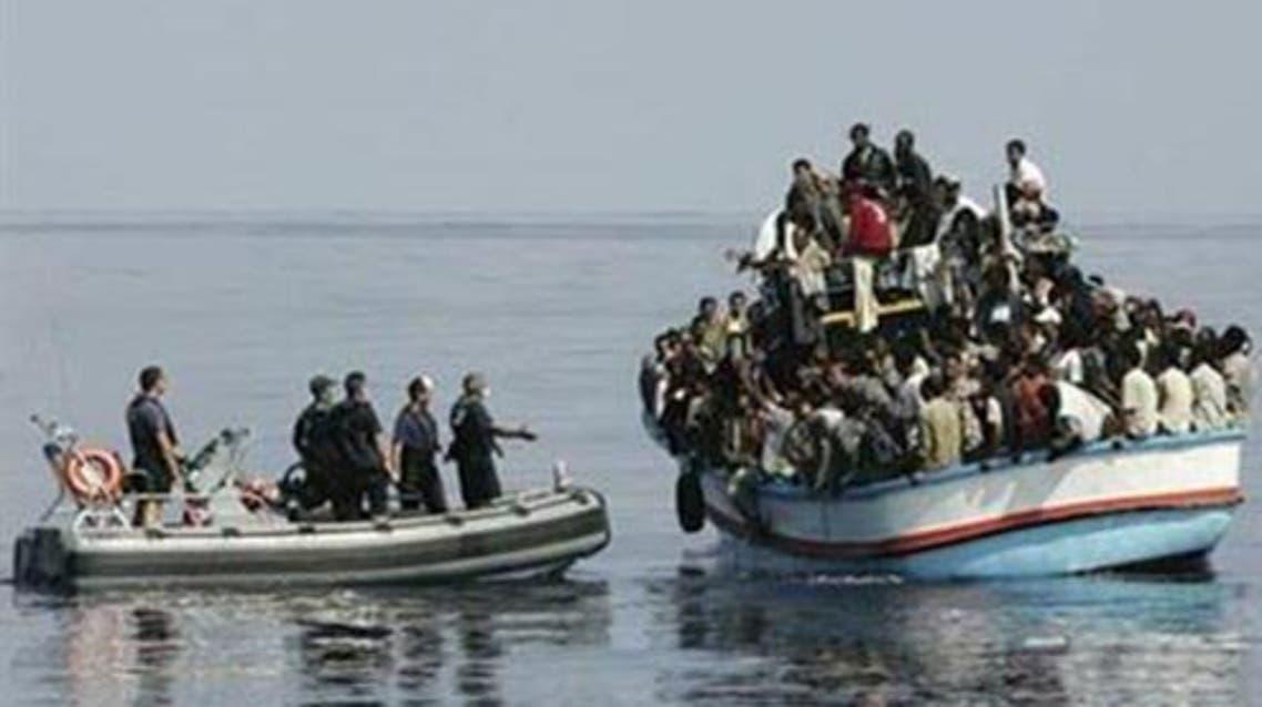 حرس الشواطىء الجزائر معترضا طريق مهاجرين