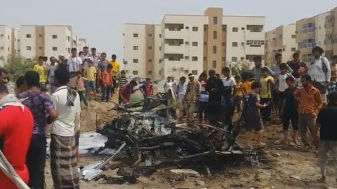 انفجار سيارة مفخخة استهدفت موكب محافظ عدن
