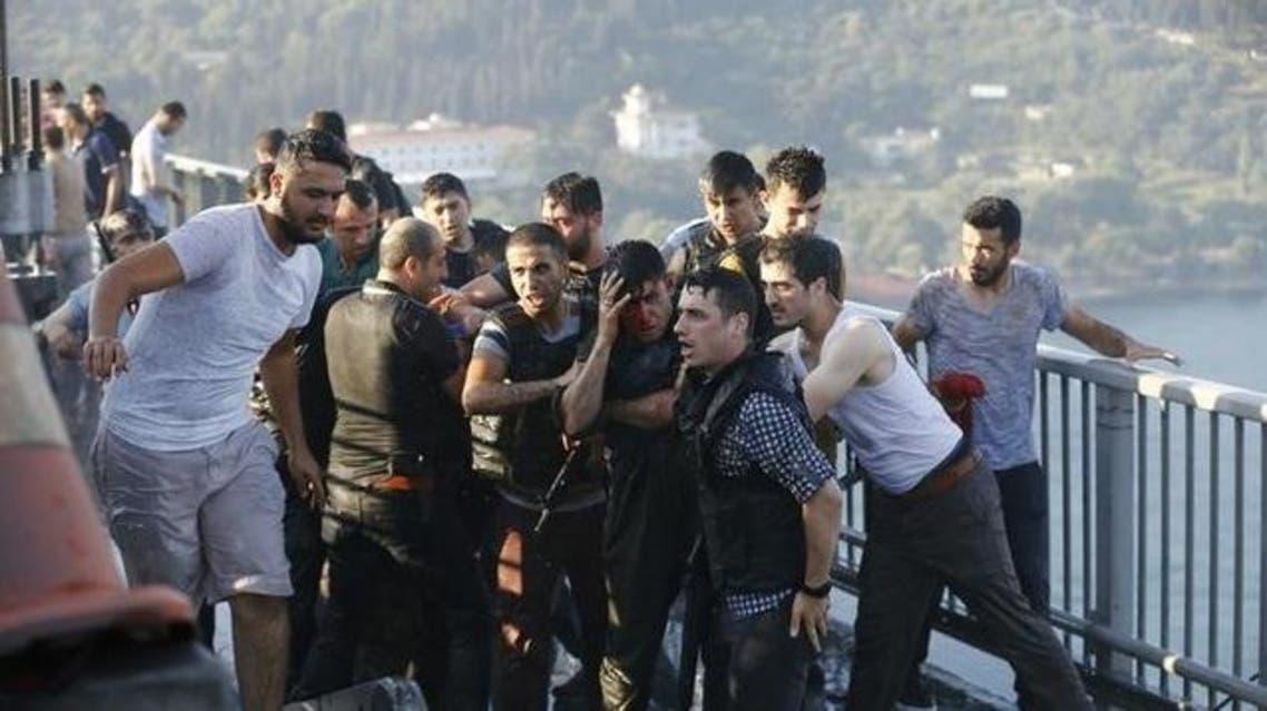 اعتقال عسكريين انقلابيين في تركيا