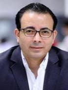 <p>كاتب مصري</p>