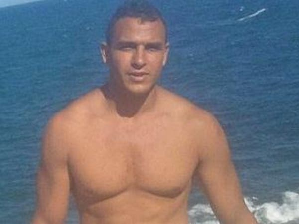 بالصور.. مرتكب مجزرة نيس يستعرض عضلاته على شاطئ فرنسي