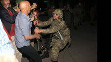 Last hour: Cleansing campaign in Turkey after the failed coup attempt