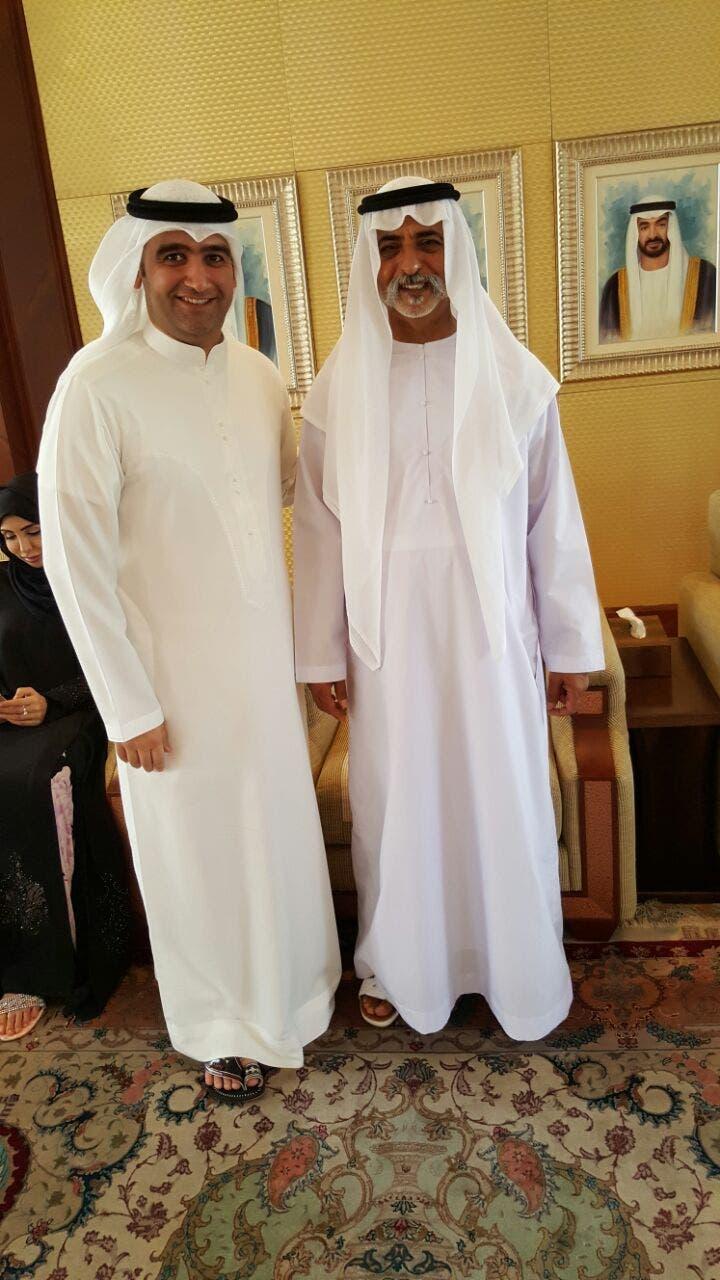 أحمد إيراج مع الشيخ نهيان بن مبارك آل نهيان وزير الثقافة وتنمية المعرفة