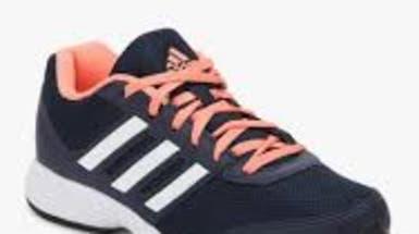 هل تخفف الأحذية الرياضية آلام الركبة؟