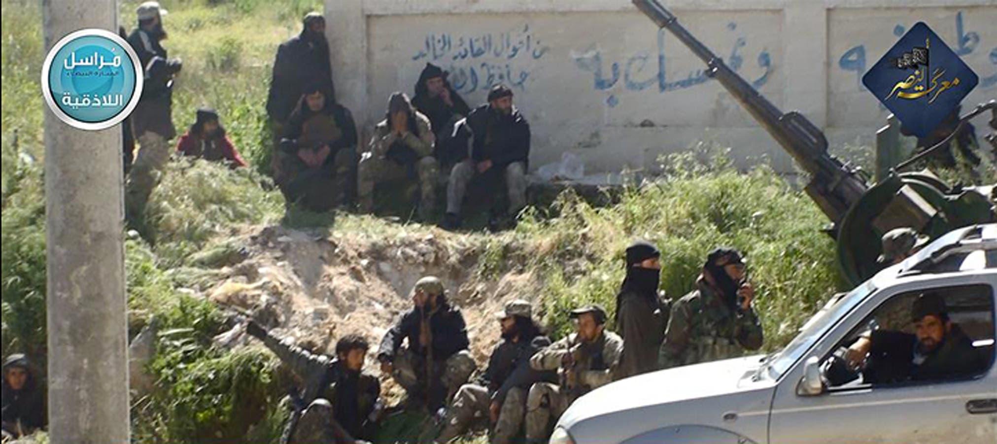 مقاتلون من جبهة النصرة في إدلب في 2015 (أرشيفية)