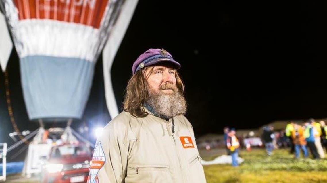 المغامر الروسي فيدور كونيوخوف قبل رحلته في منطاد فوق أستراليا  في يوليو