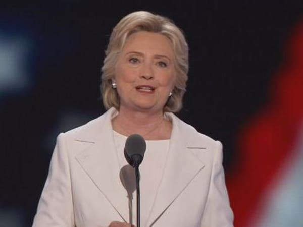 كلينتون: الرسائل الإلكترونية لن تعرقل مسيرتي للرئاسة
