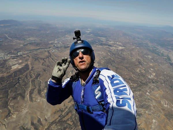 مغامر أميركي يقفز من ارتفاع يفوق 7000 متر دون مظلة