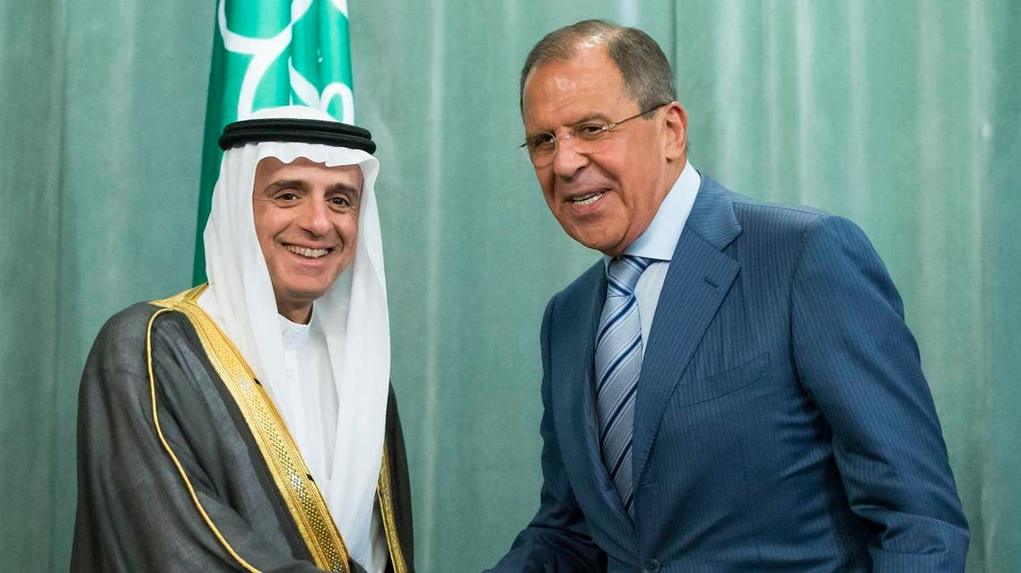 Russian Foreign Minister, Sergey Lavrov, right, and Saudi Arabia Foreign Minister, Adel bin Ahmed Al-Jubeir, shake hands after a news conference last summer. (File photo: AP)