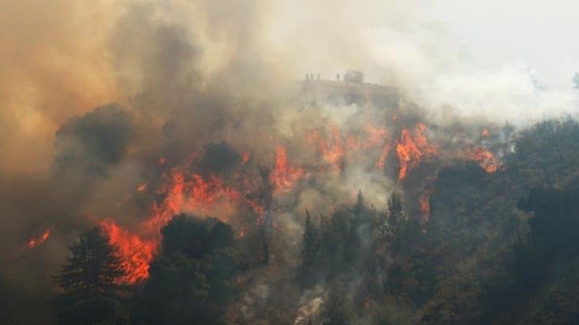 جانب من الحريق المستعر في كاليفورنيا - رويترز