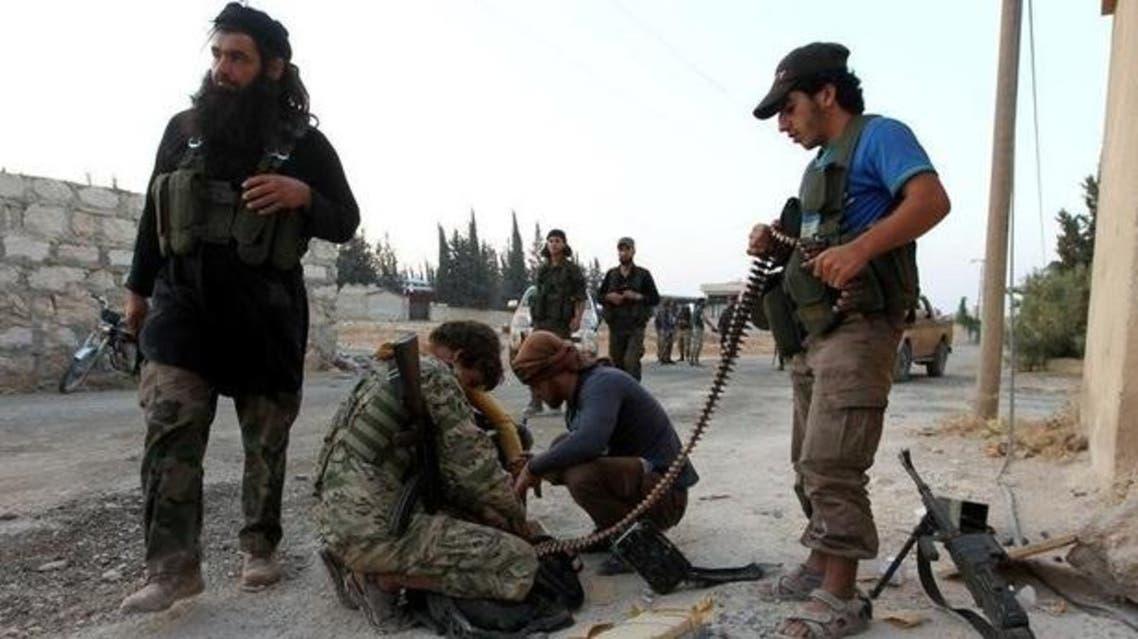 عناصر من الفصائل المعارضة في حلب