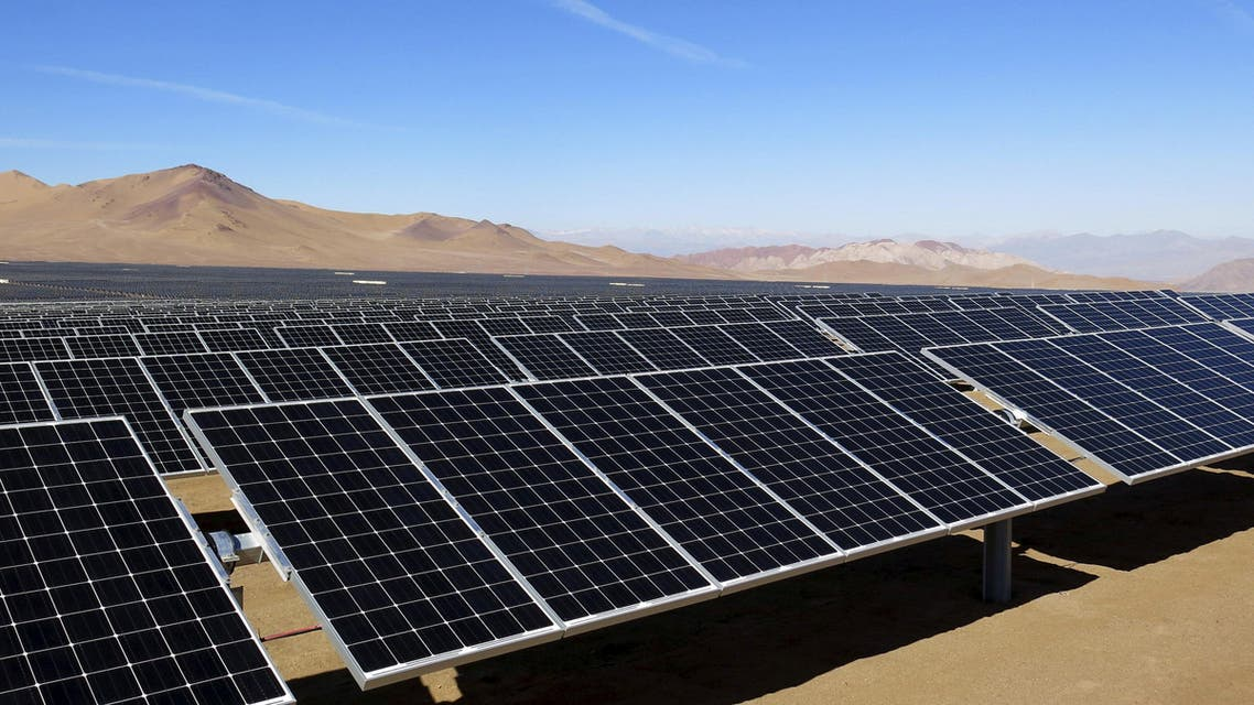 Solar panels of local mining company CAP, which were installed by SunEdison, are seen in the Atacama Desert in this June 5, 2014 file photo. REUTERS