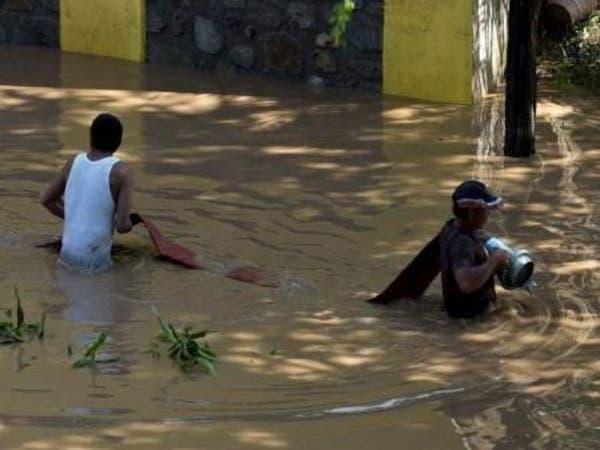المكسيك: 38 قتيلاً في انهيارات أرضية ناجمة عن إعصار