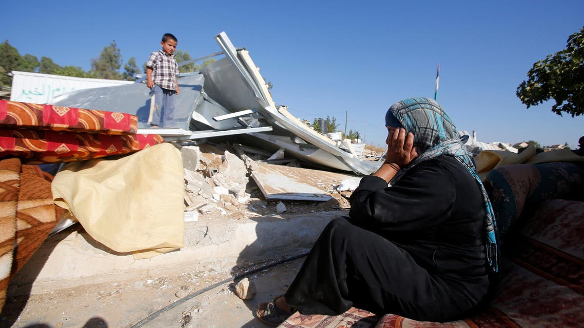 اسرائيل تهدم منازل ام الخير قرب الخليل