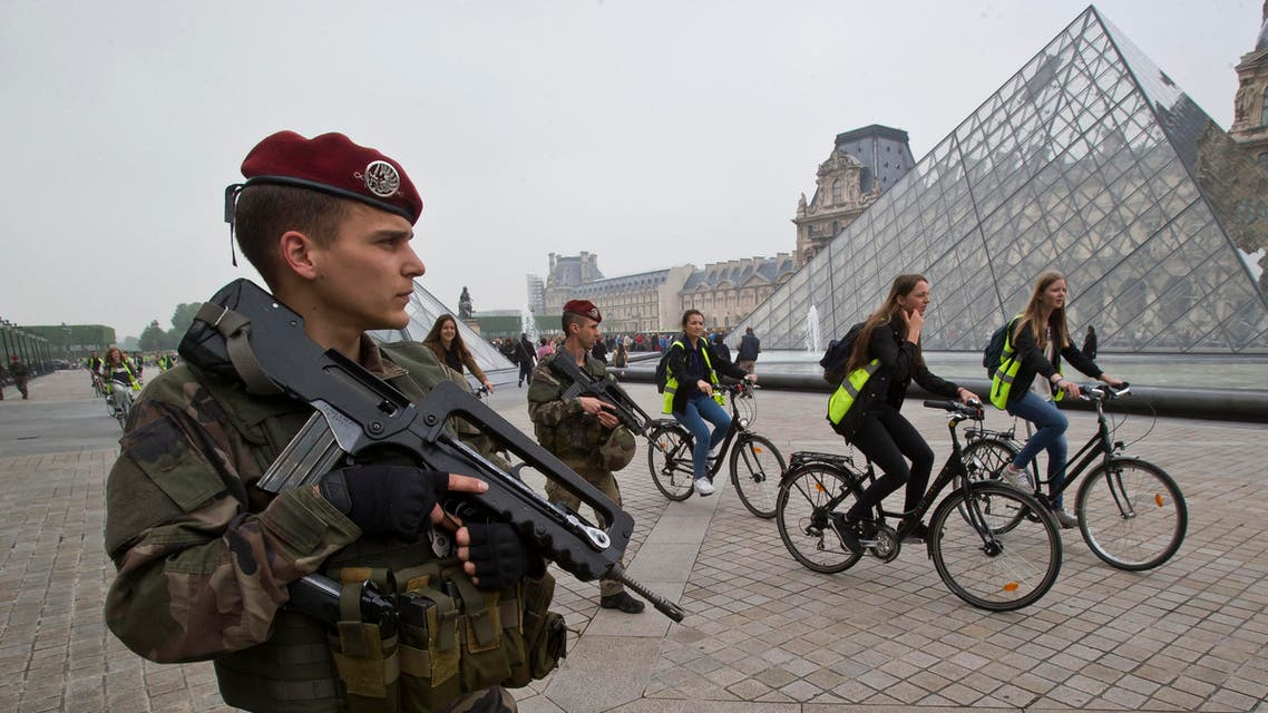 French soldier patrols at the Louvre museum in Paris (File AP)