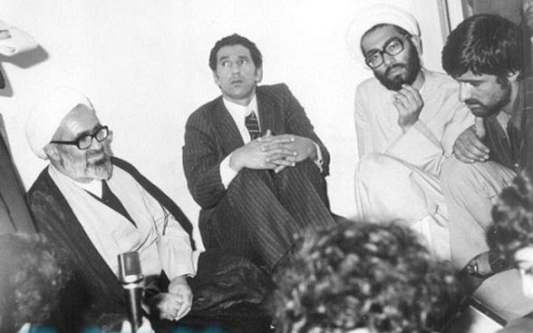 منتظري يستقبل الرجل الثاني في النظام الليبي السابق عبد السلام جلود