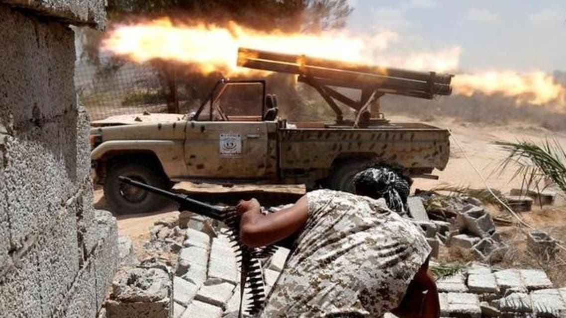 اشتباكات بين قوالت موالية لحكومة الوفاق الليبية وداعش في سرت