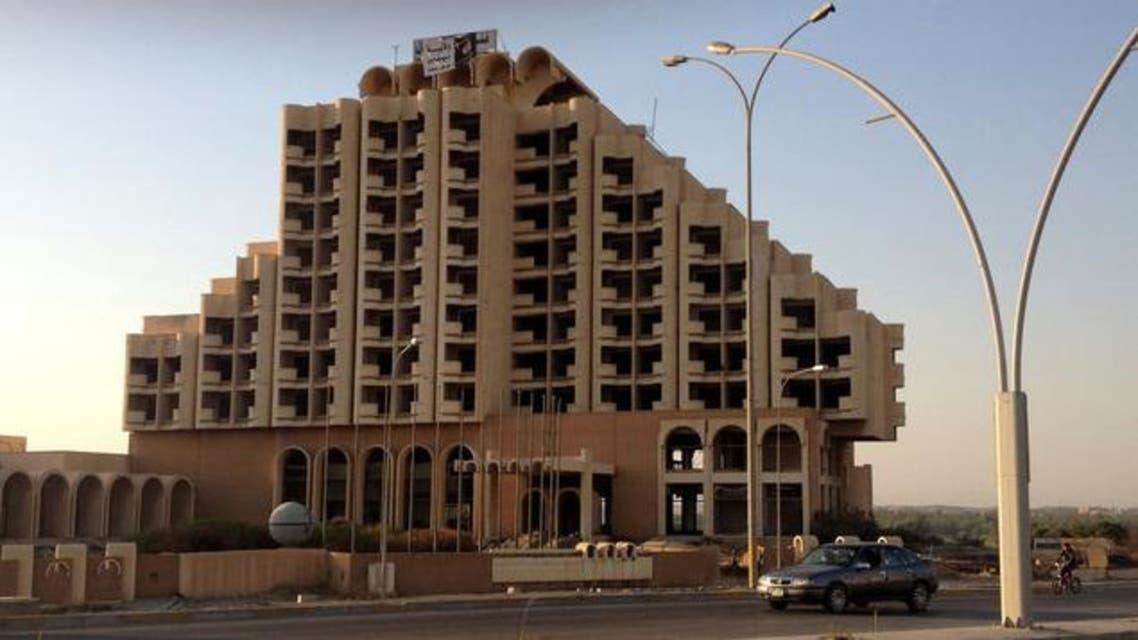 فندق في الموصل رفعت عليه يافطة مكتوب عليها ولاية نينوى