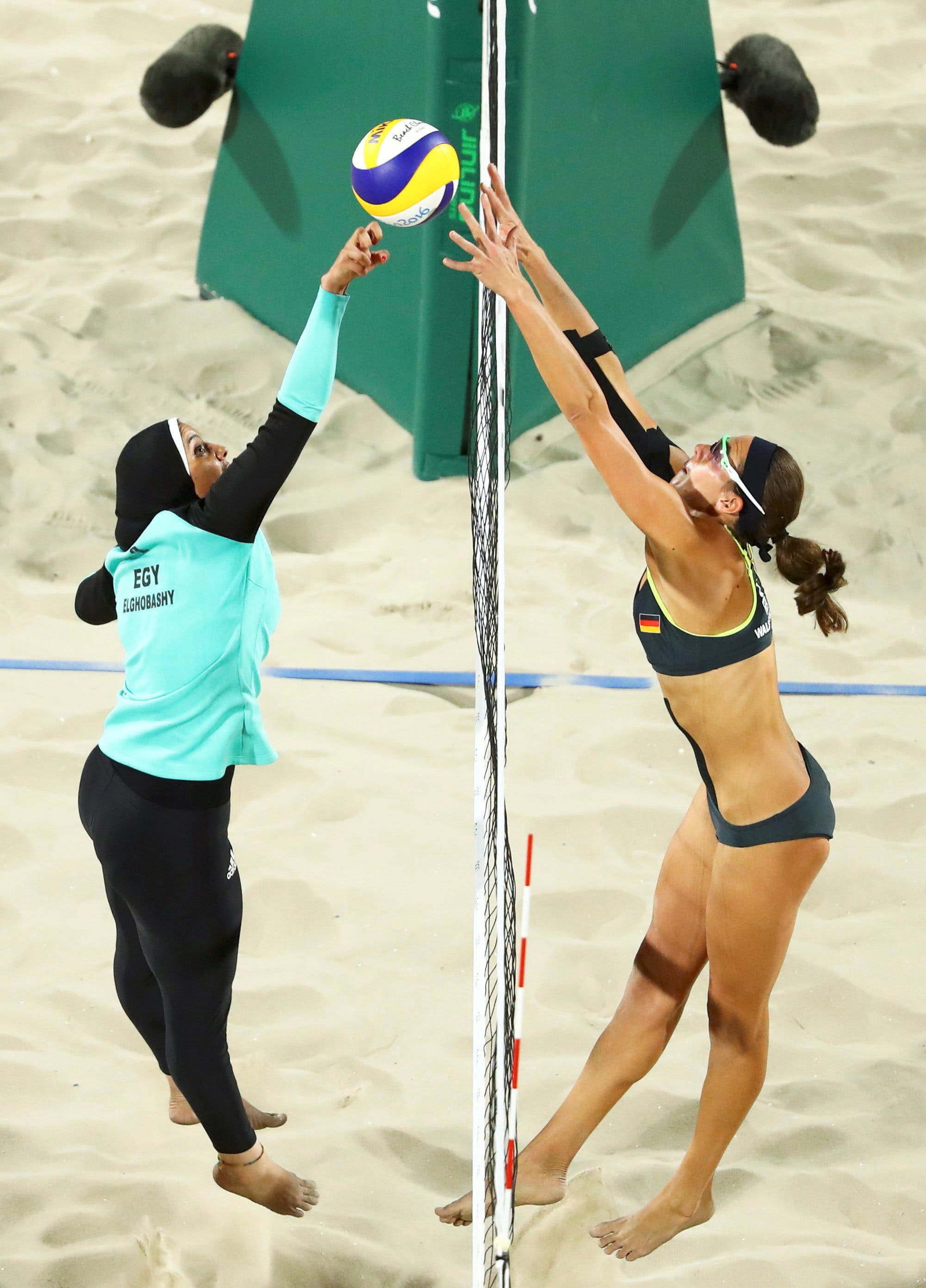 Doaa Elghobashy (EGY) of Egypt and Kira Walkenhorst (GER) of Germany compete. REUTERS